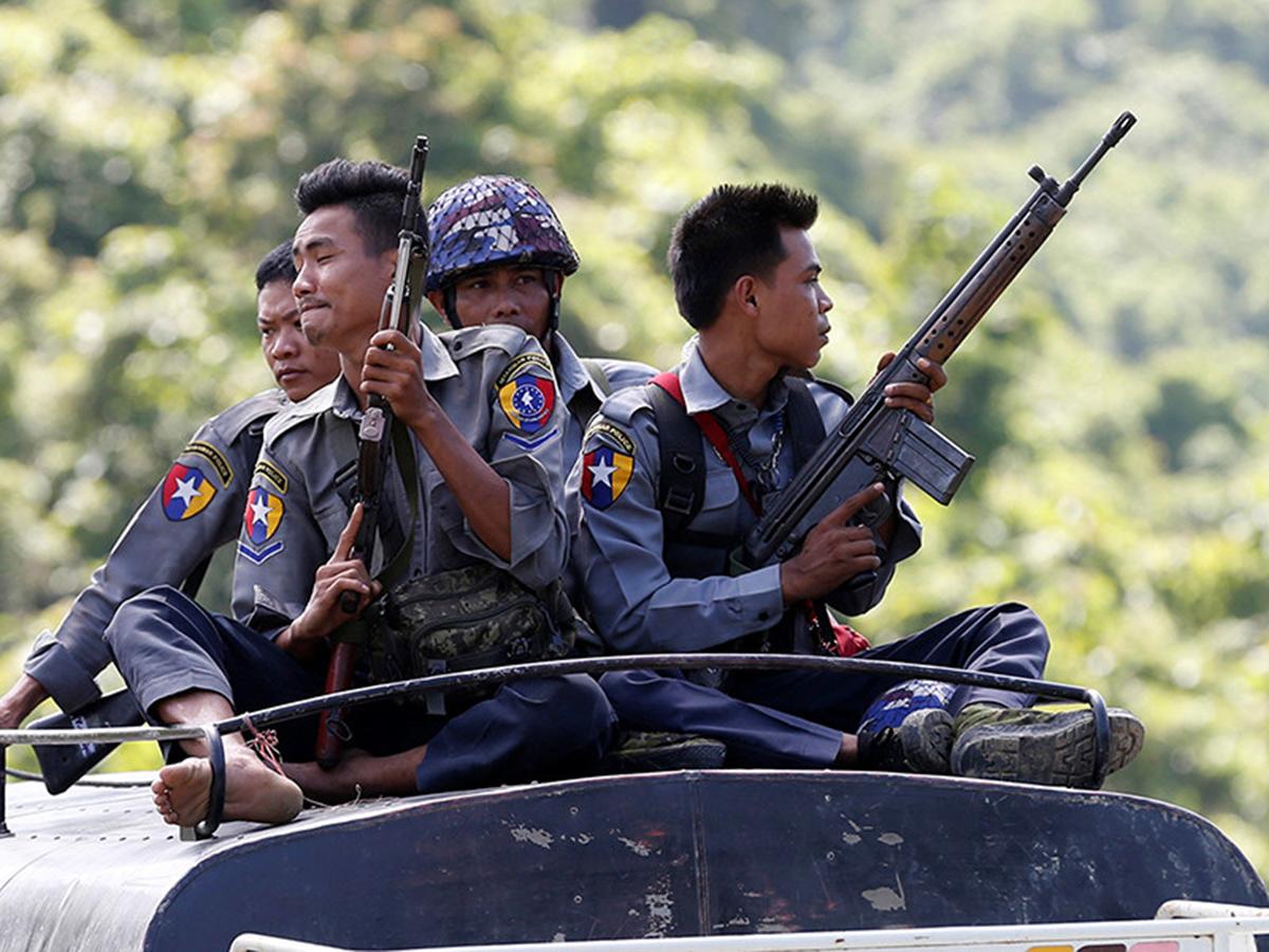 Военные Мьянмы объявили о захвате власти