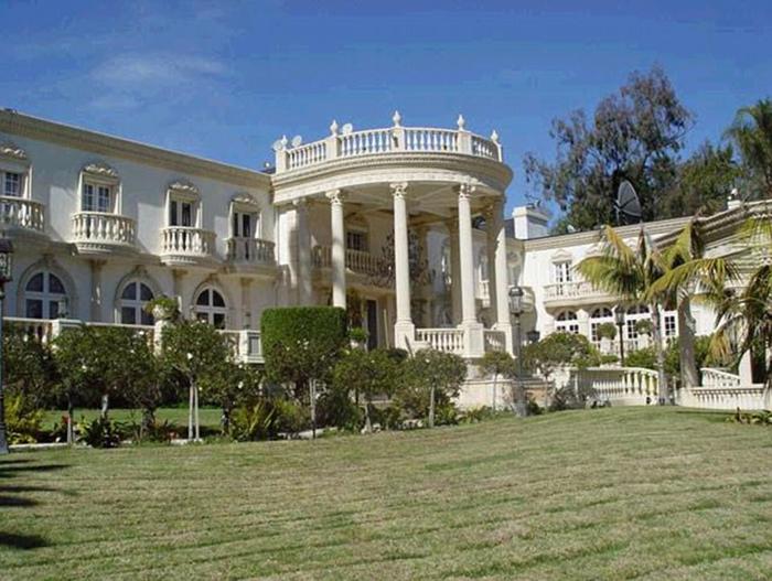 Дворец Мугабе