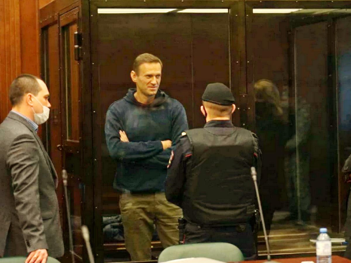 Минюст направил в ЕСПЧ заявление по Навальному с требованием пересмотреть решение