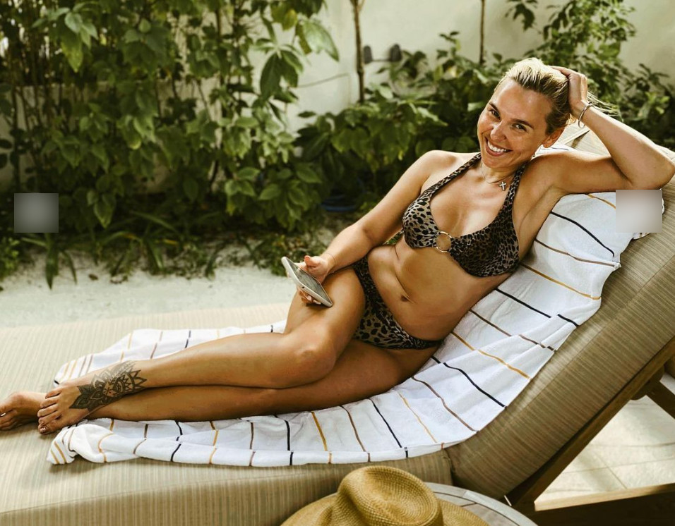 «Русская красавица»: Пелагея в купальнике опубликовала фото без ретуши
