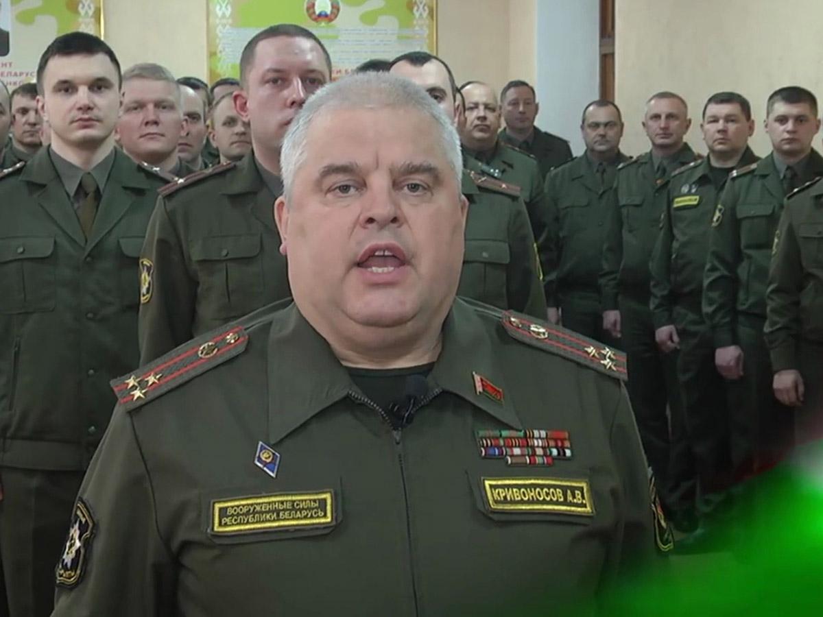 """Полковник белорусской армии показал на видео """"передачу энергии"""" военным от Лукашенко (ВИДЕО)"""