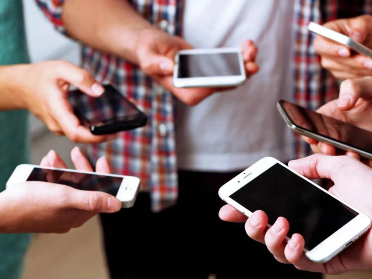 Россиянам посоветовали удалить пять типов приложений со смартфона