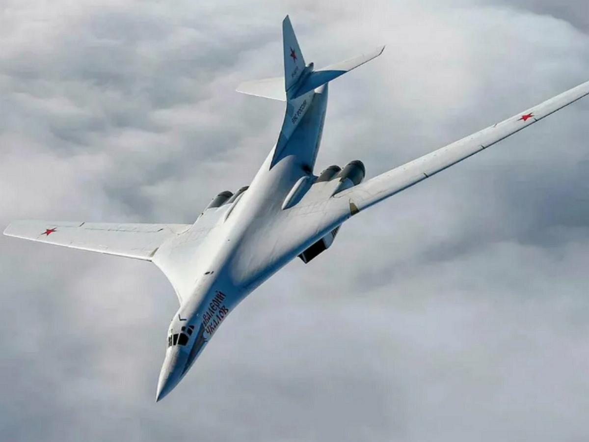 Стратегические бомбардировщики России отработали ядерный удар по крупнейшим базам ВВС США в Европе