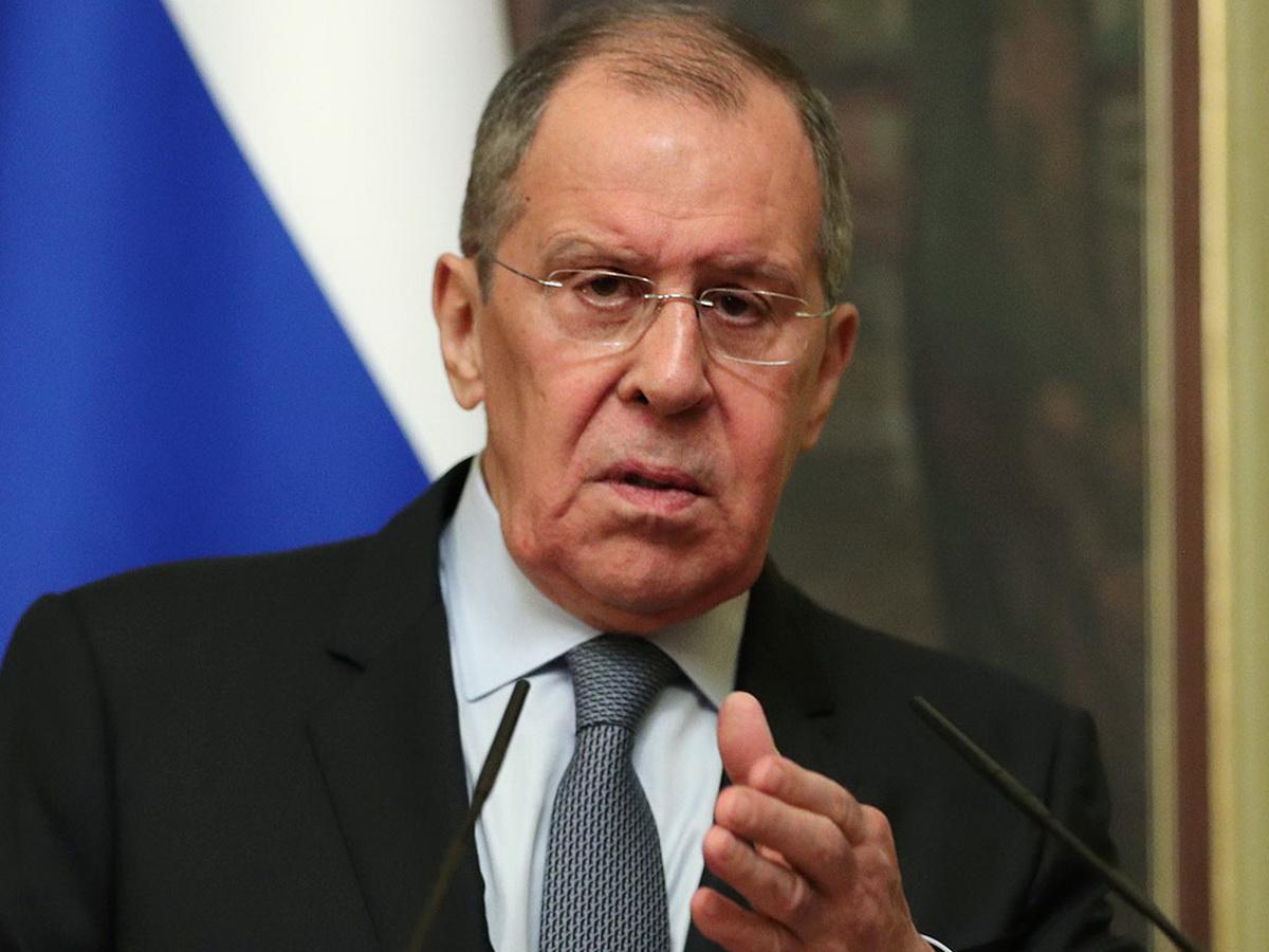 """""""Хочешь мира – готовься к войне"""": Лавров заявил о готовности разрыва отношений РФ с ЕС из-за новых санкций"""