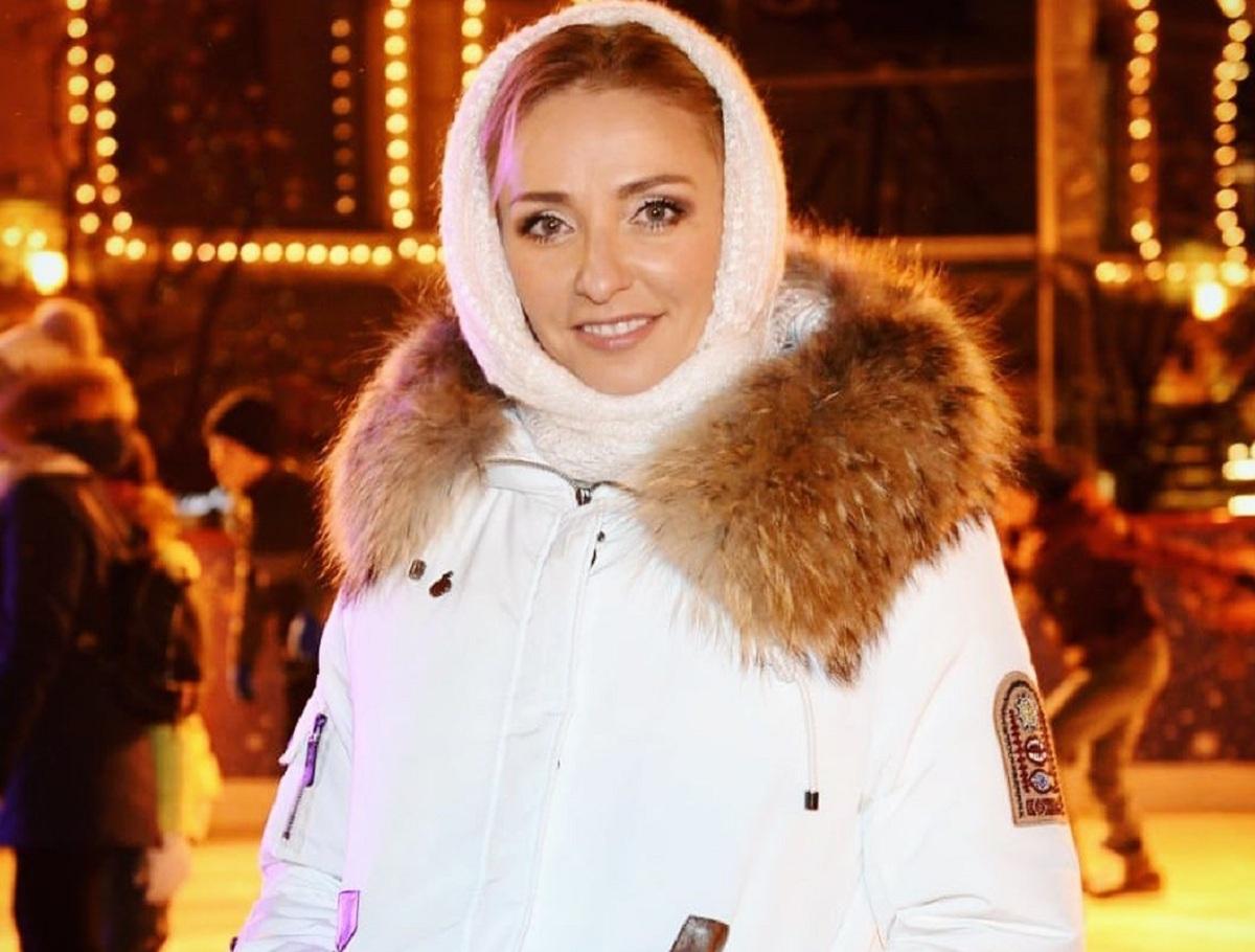 Обнаженная Татьяна Навка прыгнула в снег, показав идеальные формы
