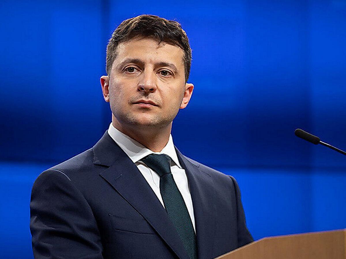 Украинская оппозиция инициирует процедуру импичмента Зеленского
