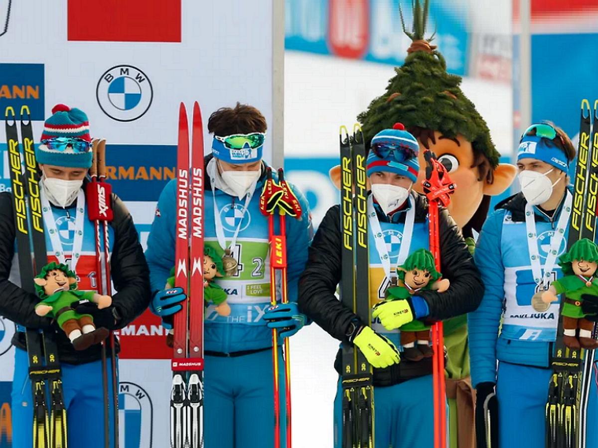 Российские биатлонисты завоевали бронзу в эстафете на ЧМ