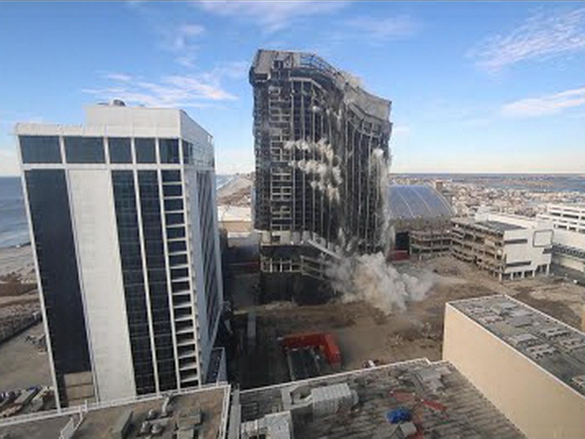 взрыв отеля Трампа