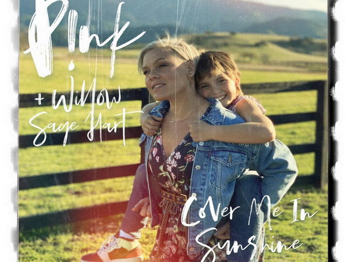 Пинк с дочерью собрали 1,5 млн просмотров, впервые исполнив совместный трек