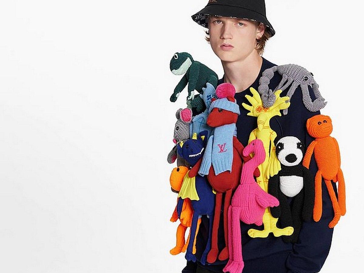 Пользователи обсуждают самую идиотскую вещь Louis Vuitton за 500 тысяч рублей