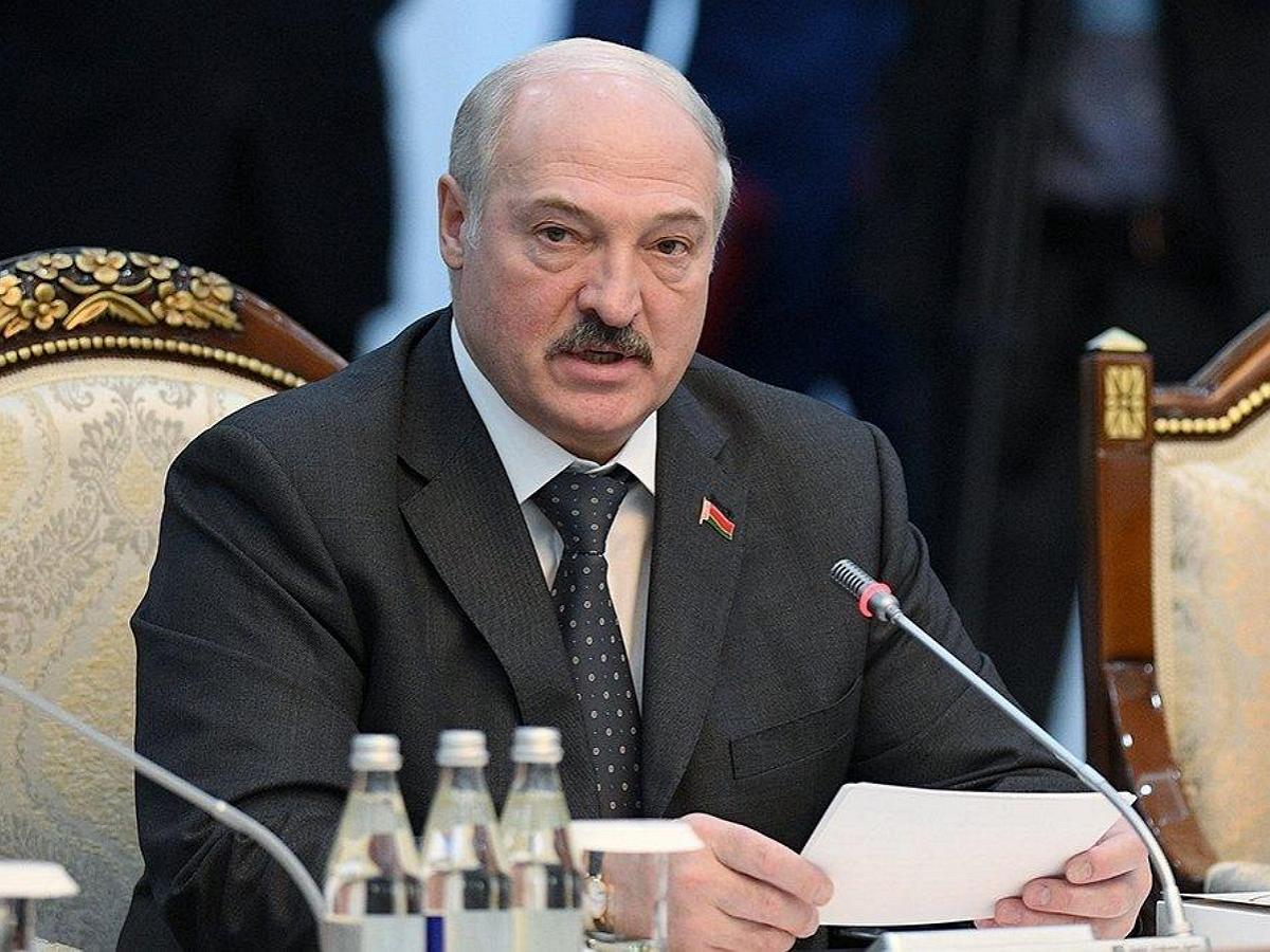 Политологи объяснили, что ждет Лукашенко со сменой посла РФ в Белоруссии