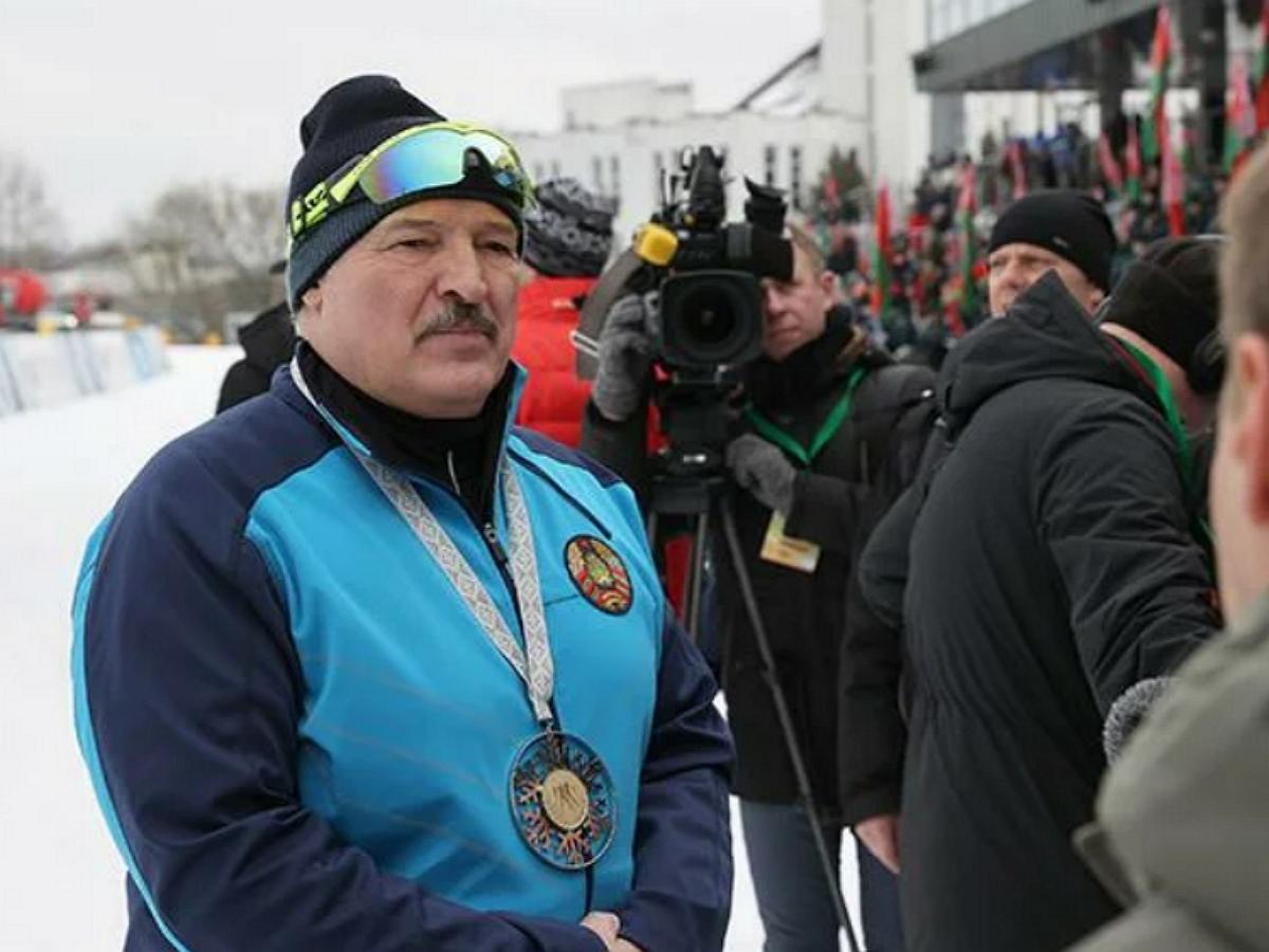 """""""В штаны залезли"""": Лукашенко впервые высказался о фильм Nexta """"Золотое дно"""""""