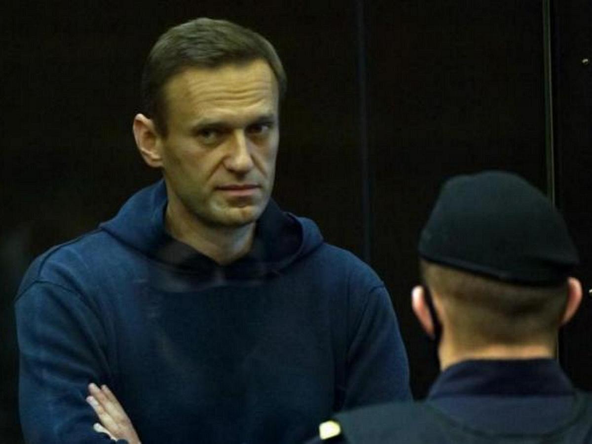 Навальный рассказал о новой форме давления на него в колонии зэками-активистами