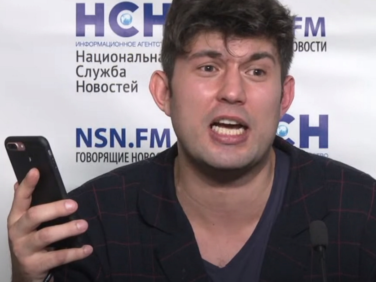 СынАлибасова рассказал о воссоединении родителей и подаренной квартирыФедосеевой-Шукшиной