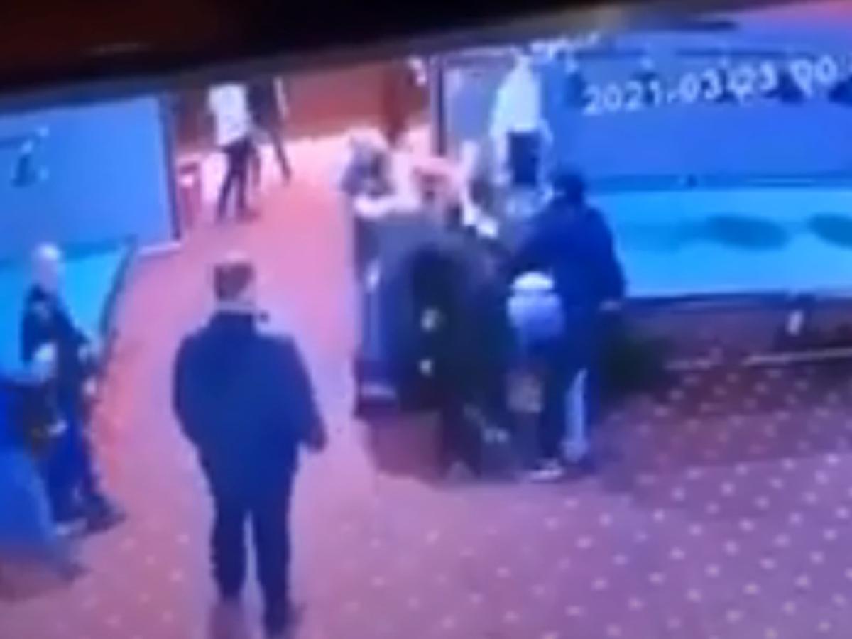 Драка, в которой убили российского бойца ММА, попала на видео (ВИДЕО)
