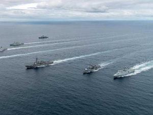 Forbes: военные России и НАТО отрепетировали войну у берегов Норвегии