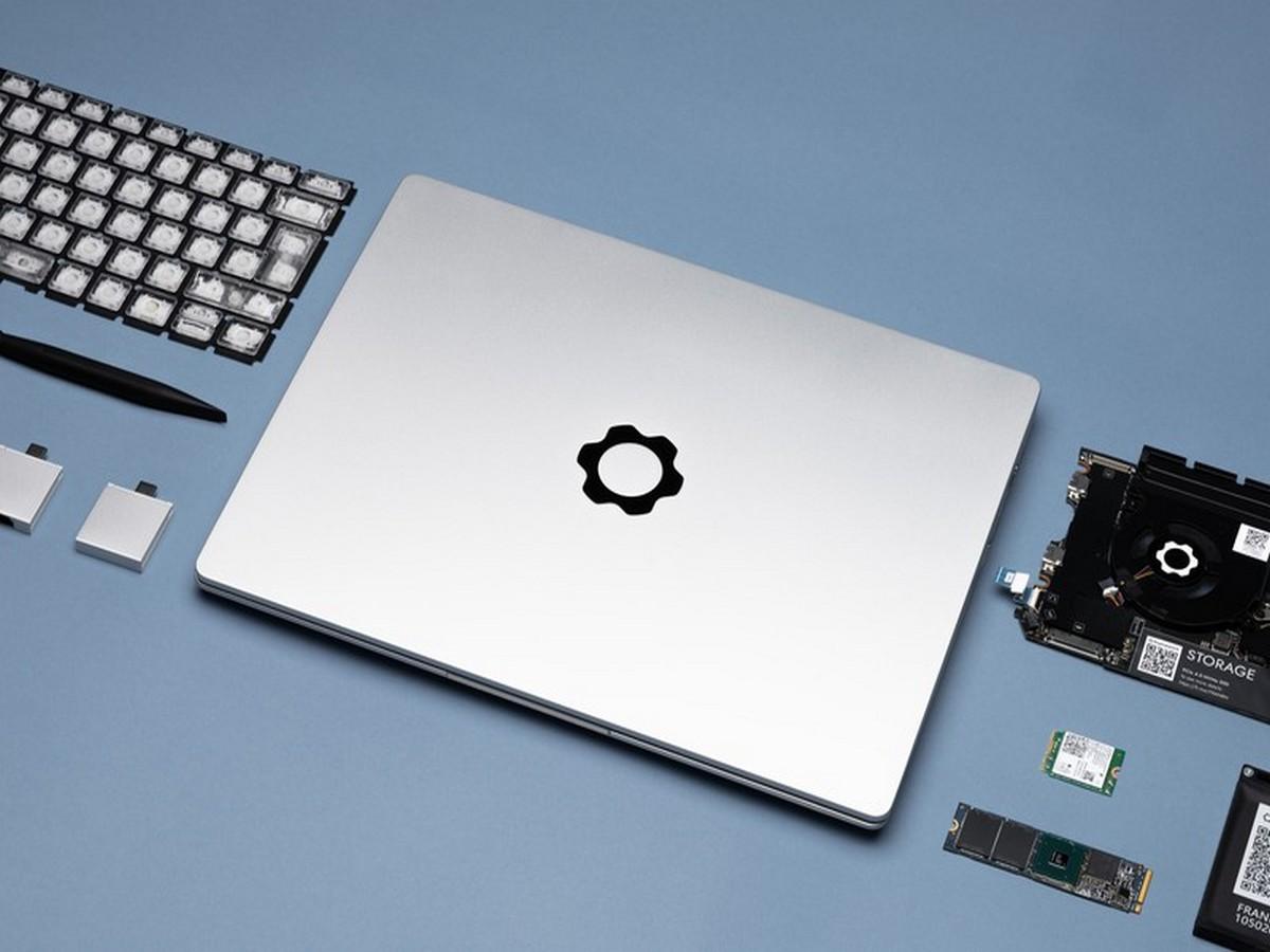 Видео модульного ноутбука с заменяемыми портами набирает популярность в Сети
