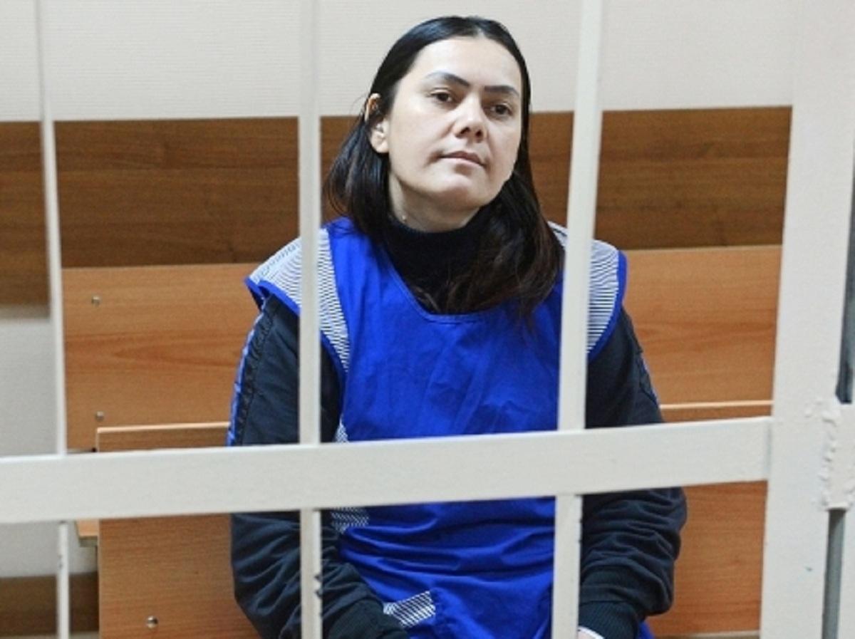 Няня-убийца, отрезавшая голову ребенку, выходит на свободу
