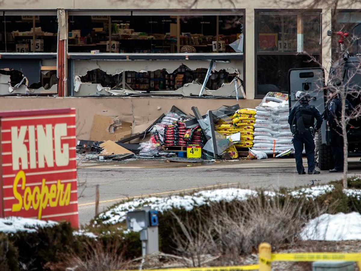 Бойня в продуктовом магазине в Колорадо: погибли 10 человек (ВИДЕО)