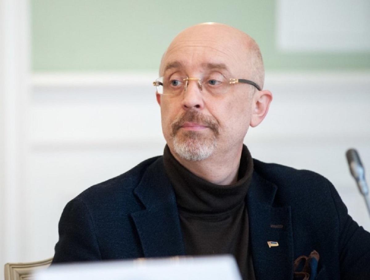 Украинский министр пригрозил выдворить 500 тысяч россиян из Крыма