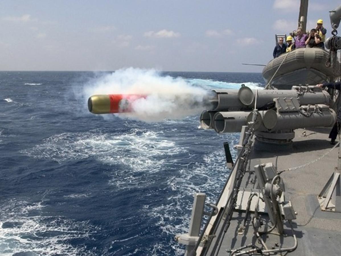 Взрыв на российском корабле