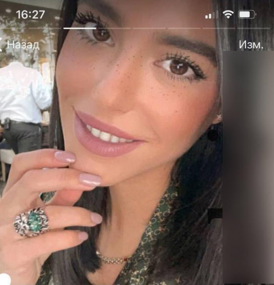 """СМИ: """"любовница"""" Мамаева показала положительный тест на беременность"""