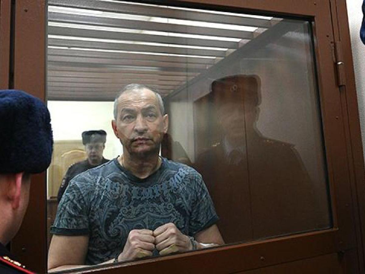 чиновник Шестун объявил голодовку