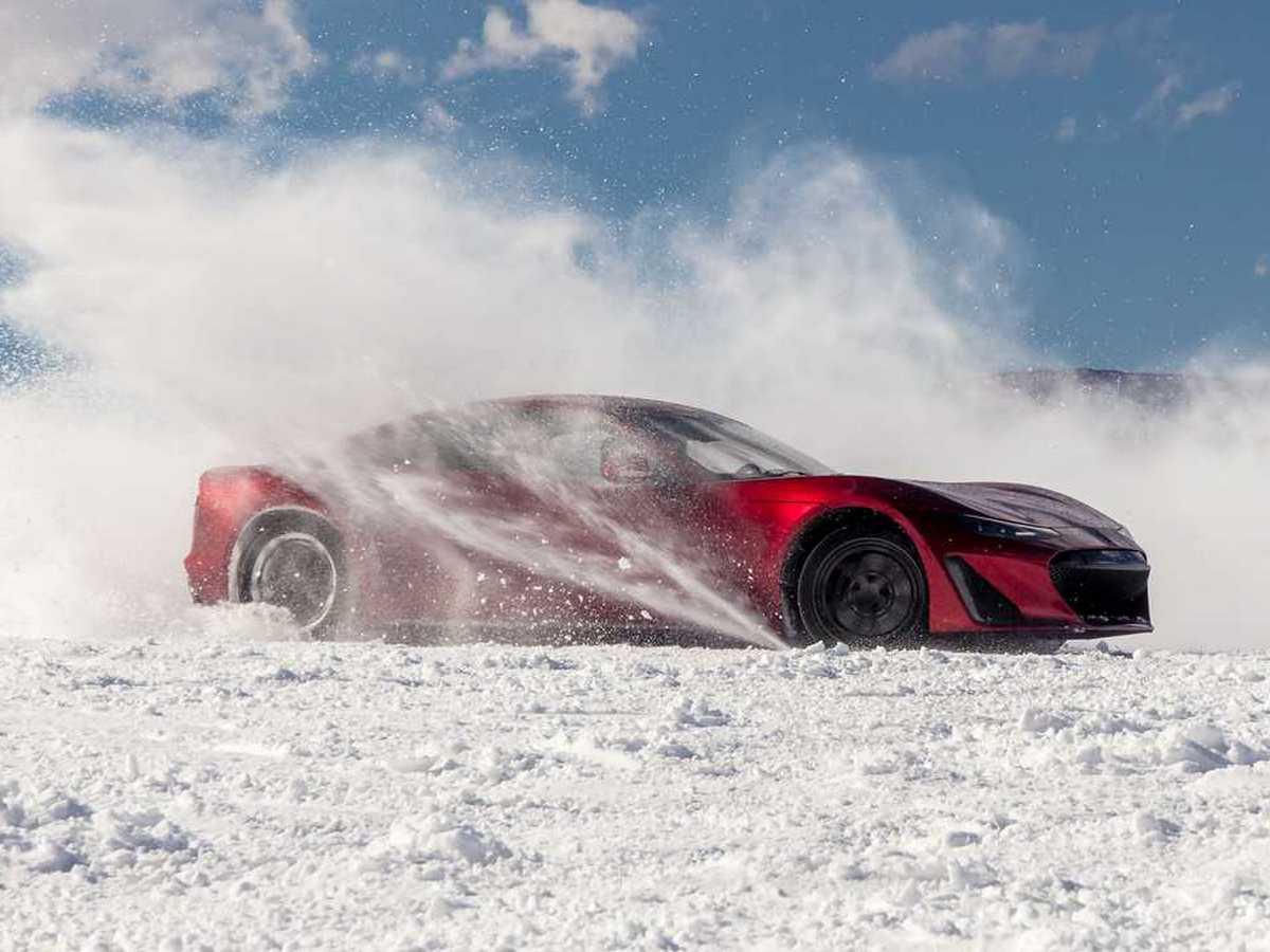 Зимние испытания электрокара Drako GTE сняли на видео