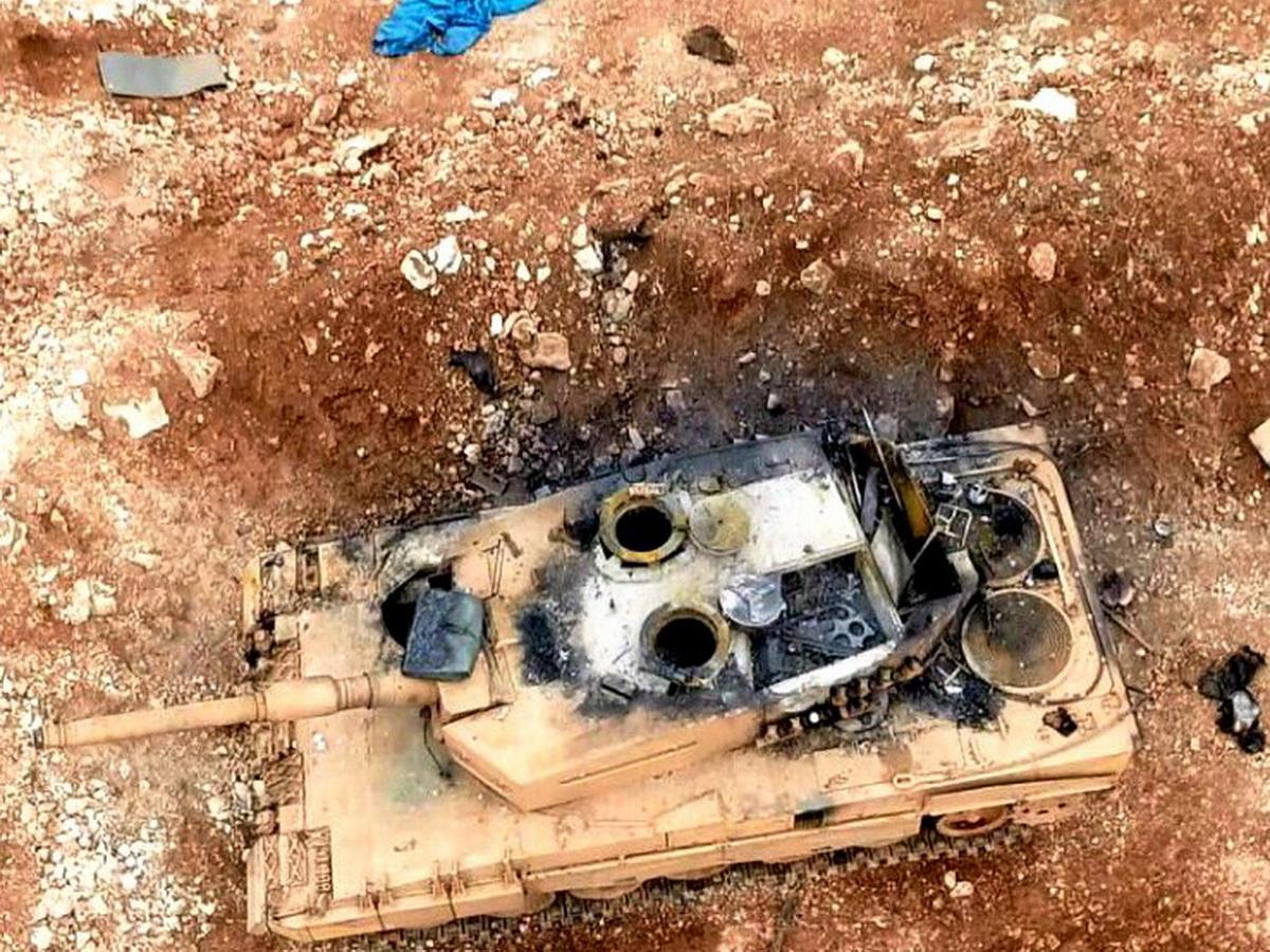 Подбитый турецкий танк