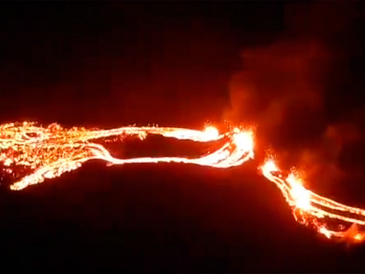 Репортаж об извержении вулкана Фаградальсфьядль собрал более 50 тыс. просмотров