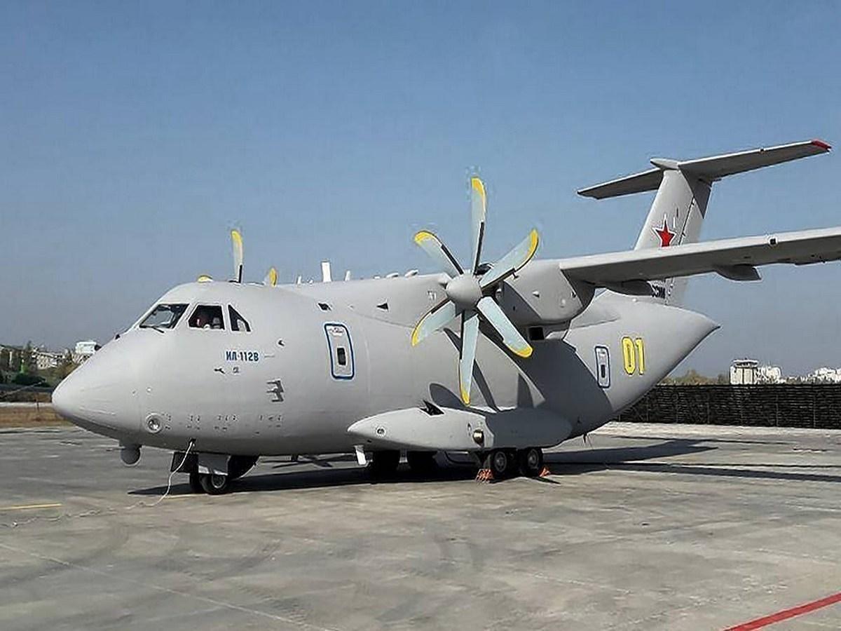 Полёт нового военно-транспортного самолета Ил-112В сняли на видео