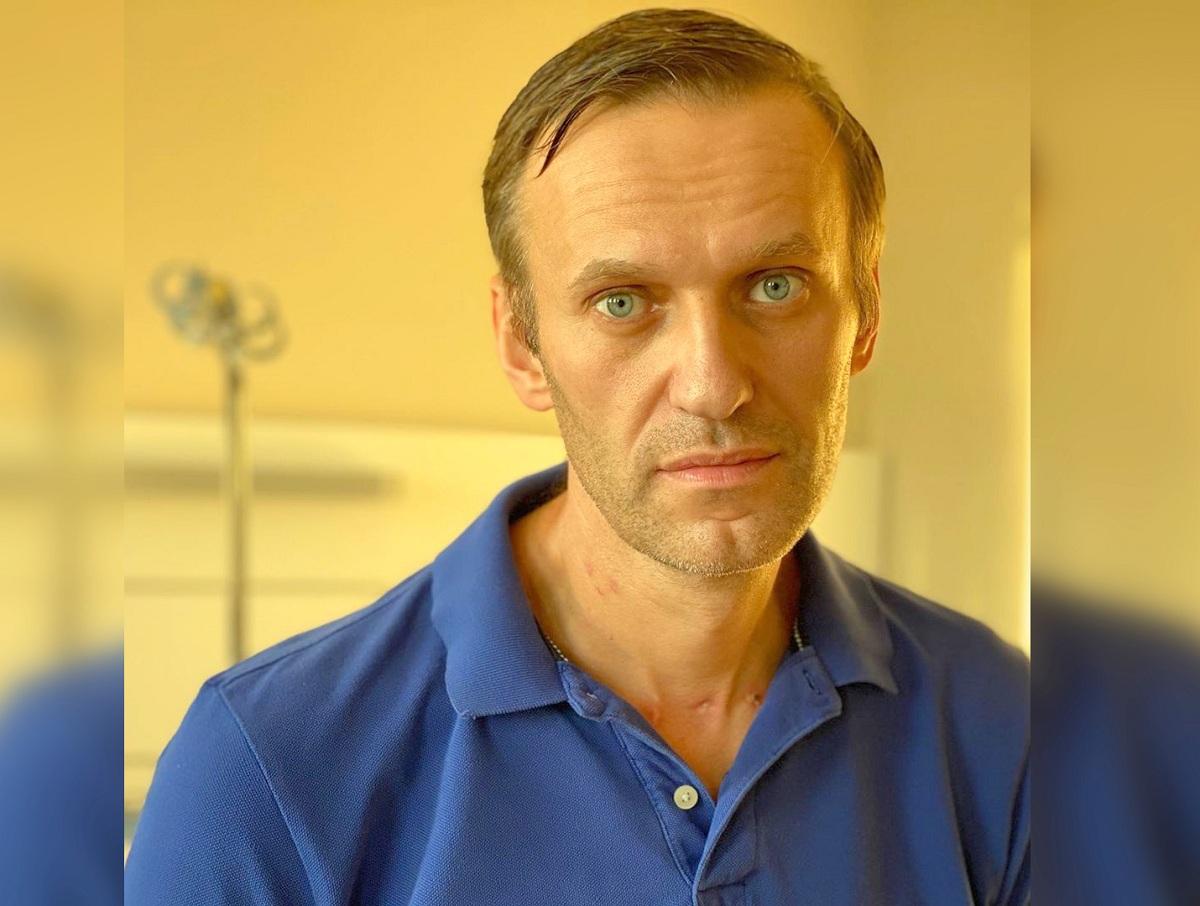 «Это ваша заслуга»: Навальный заявил, что прекращает голодовку