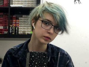 Дочь Ефремова назвала свой диагноз и гендерную принадлежность