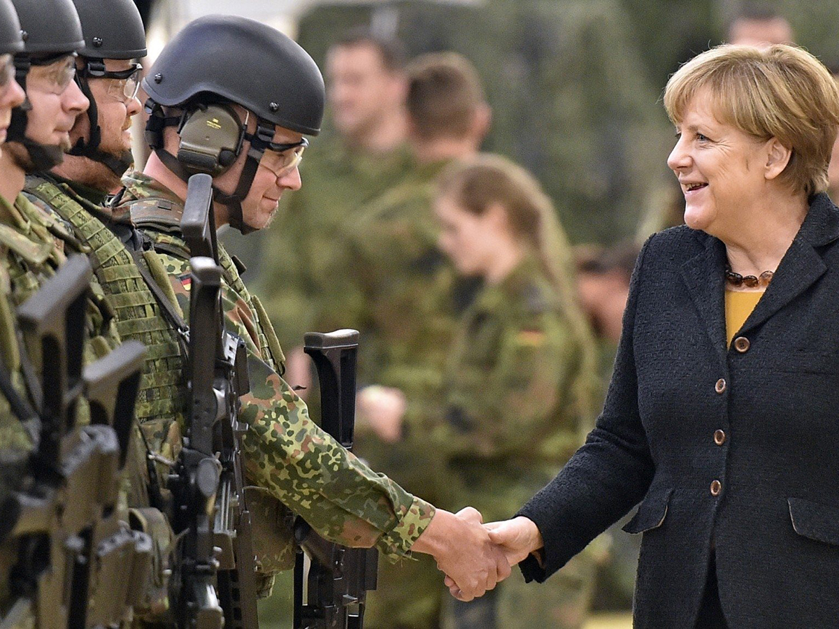 В Германии рассказали, как поступит Берлин в случае войны России и НАТО