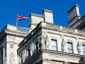 Названа причина вызова МИДом Британии и Польши посла России