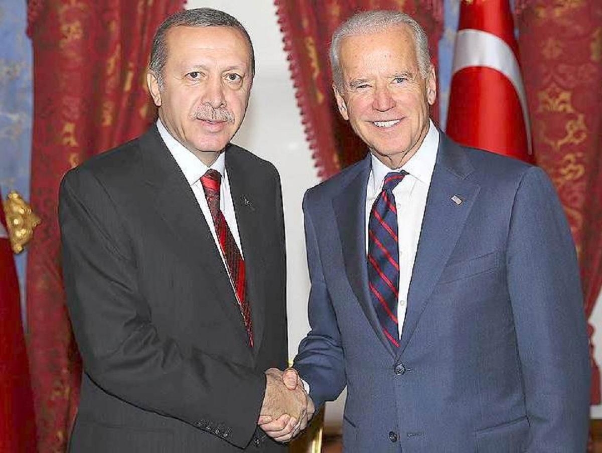 США признали геноцидом массовые убийства армян турками в начале XX века: Турция пригрозила ответными мерами