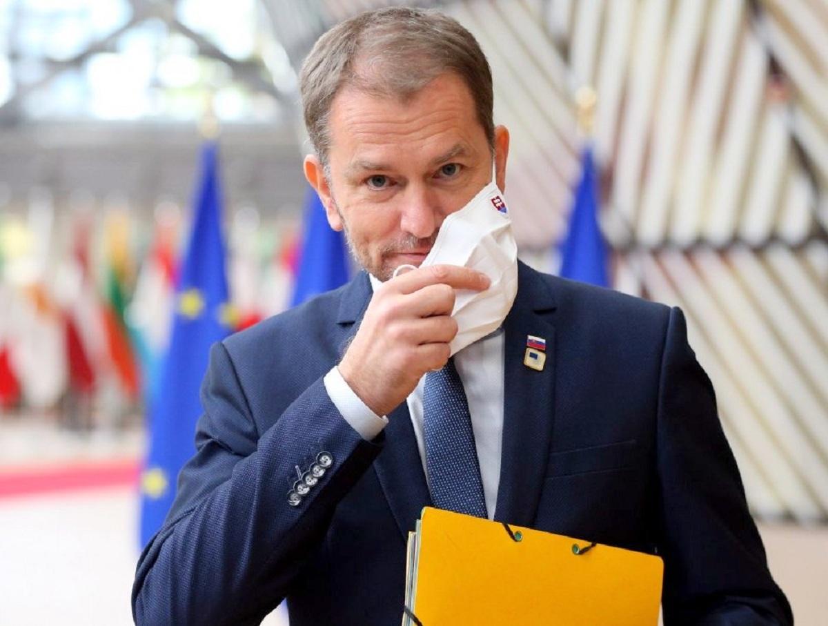 Вице-премьер Словакии назвал причину скандала с вакциной «Спутник V»