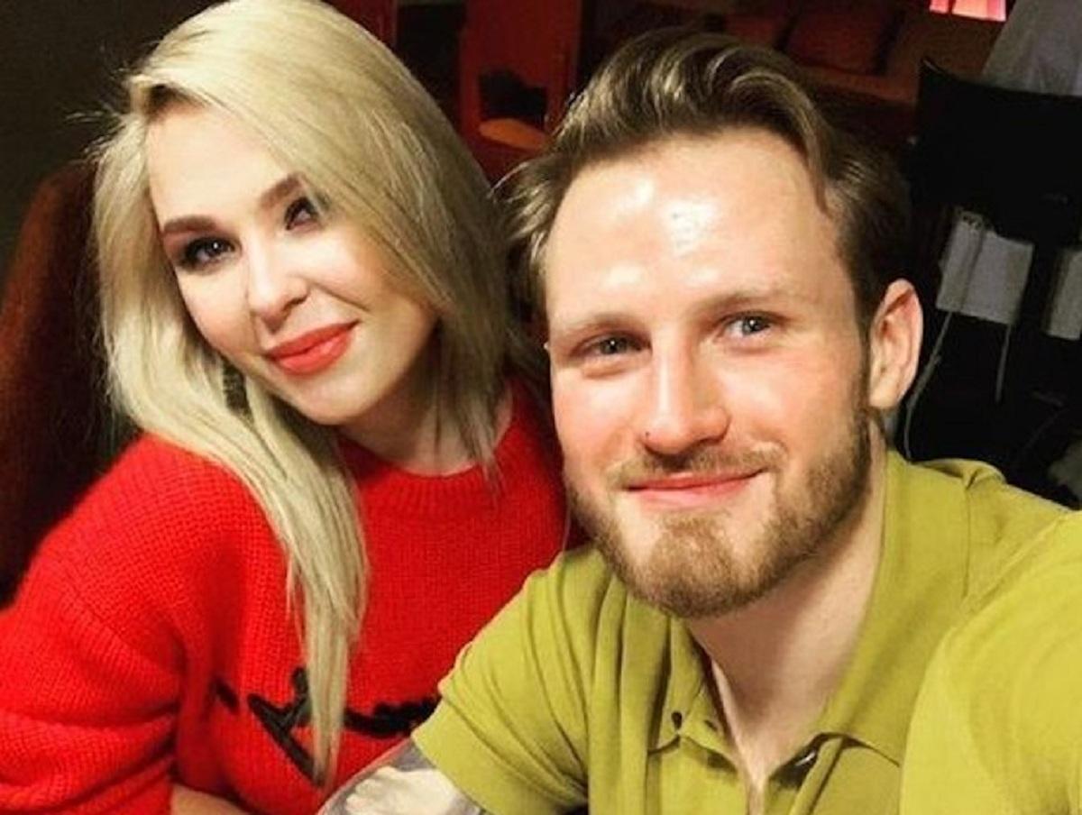 СМИ: Пелагея делит с бывшим мужем свои доходы от концертов