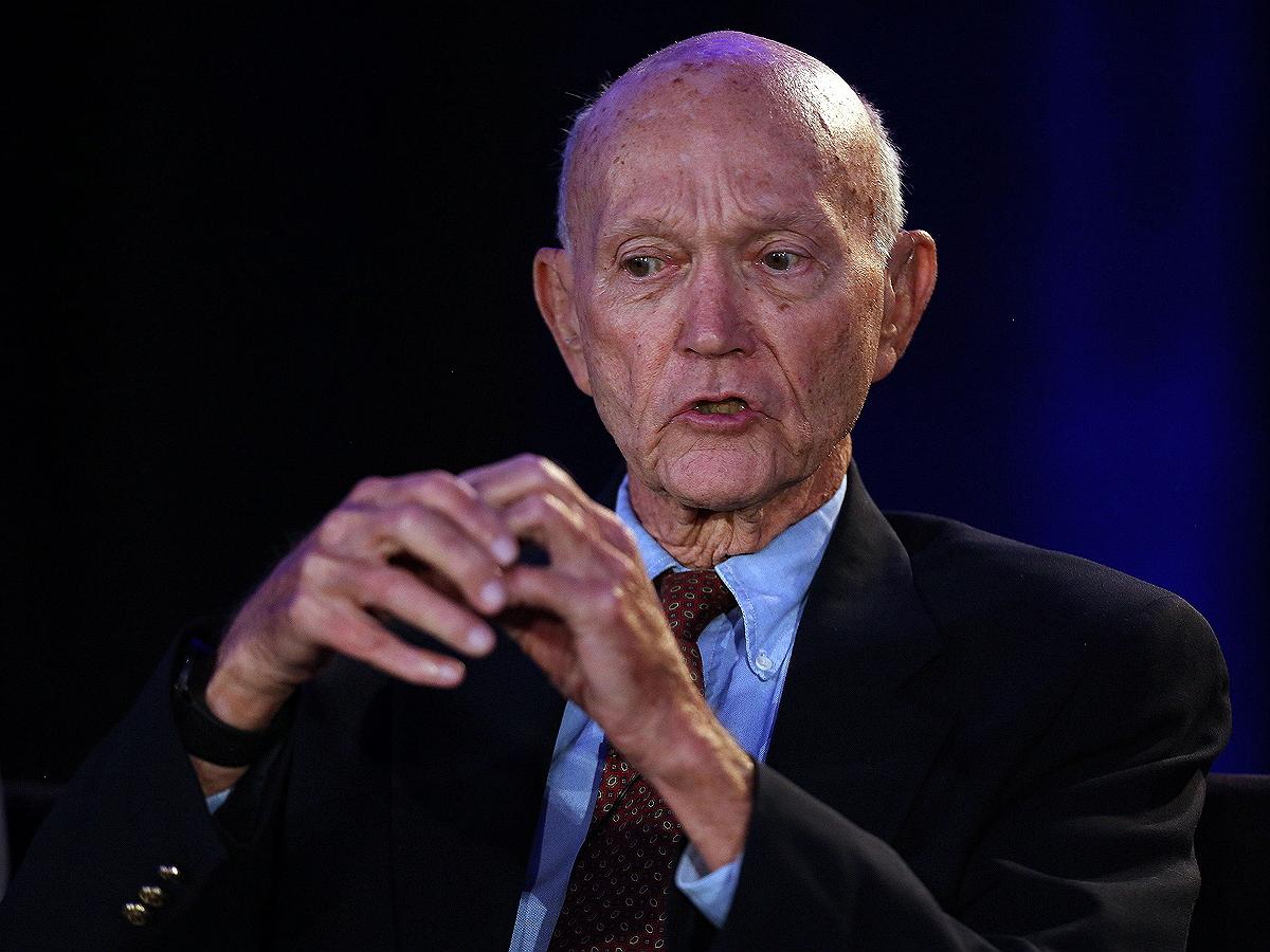 Умер участник первой лунной миссии «Аполлона-11» Майкл Коллинз