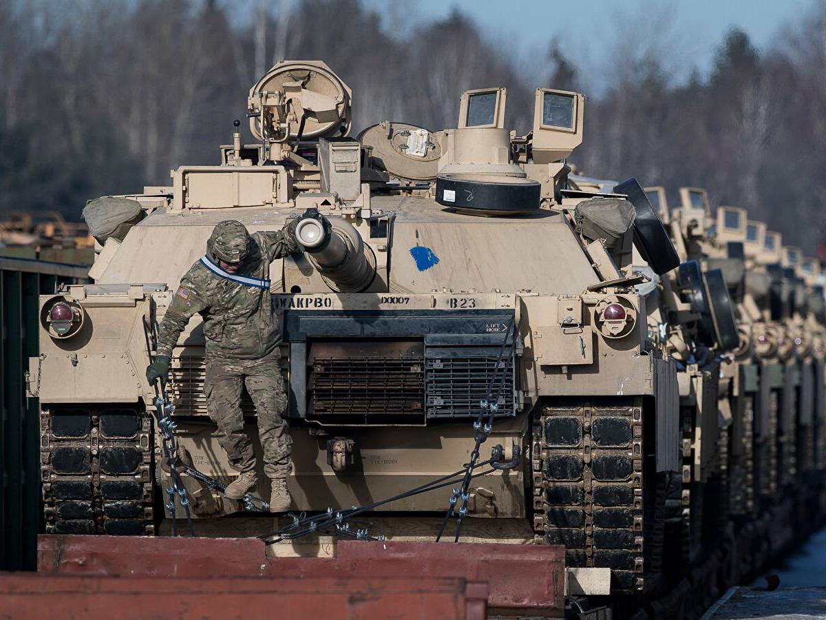 СМИ: НАТО отправляет на границу с Крымом 37 тысяч военных