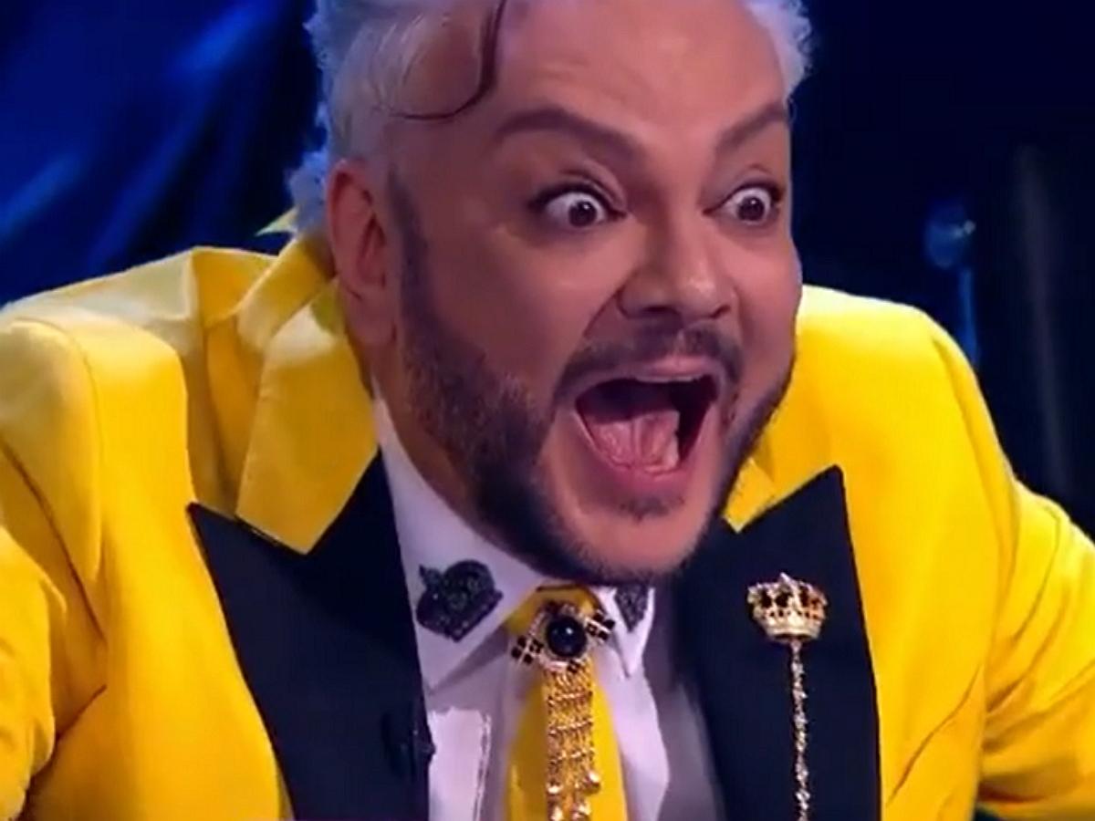 «Шок-контент»: Киркоров заинтриговал Сеть реакцией на раскрытие героя шоу «Маска»