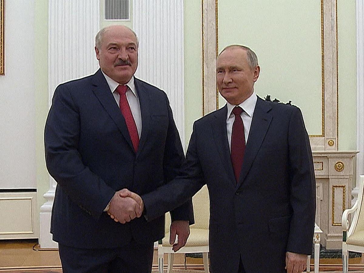 Интеграции не будет: эксперты рассказали, что могли обсуждать 4 часа за закрытыми дверями Путин и Лукашенко
