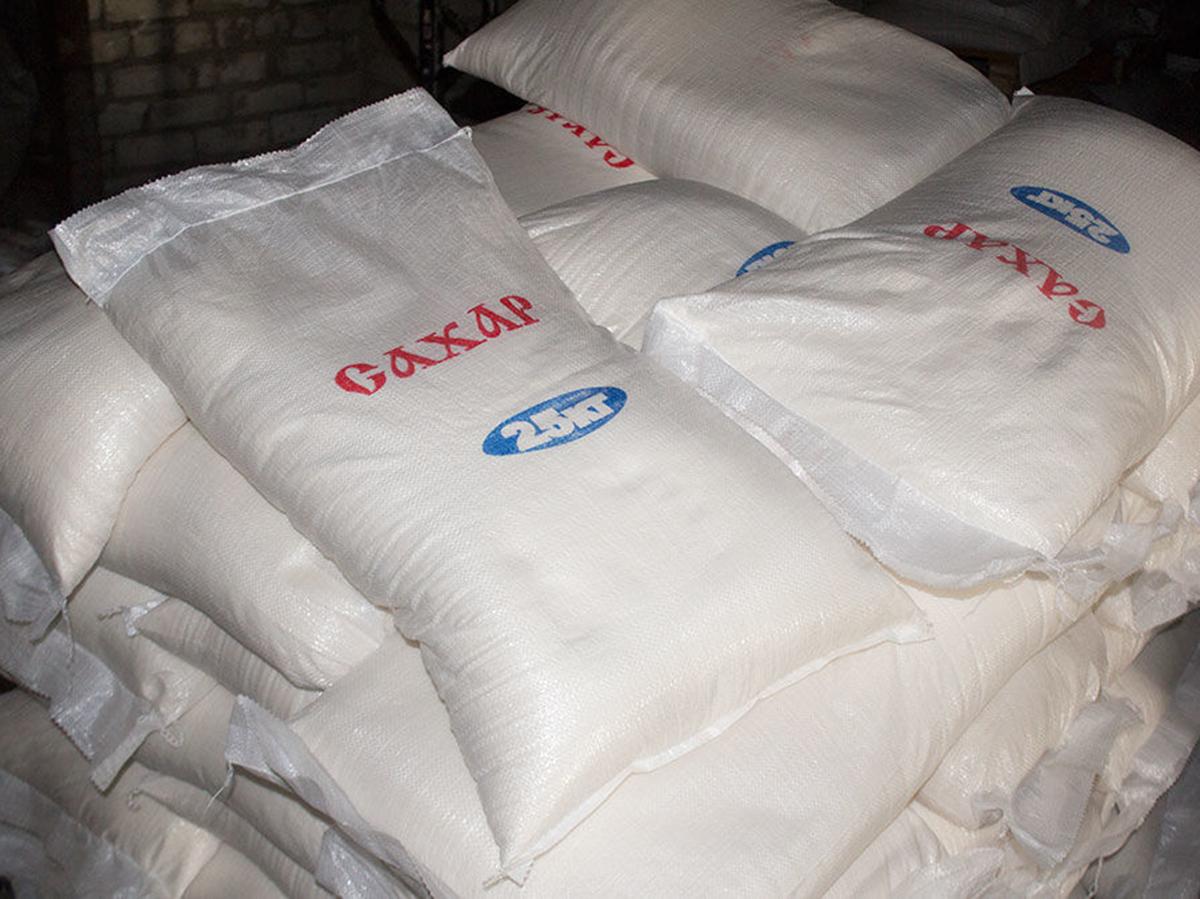 СМИ сообщили о прекращении поставок сахара в российские магазины