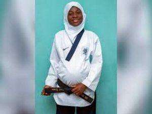 Спортсменка из Нигерии выиграла турнир на последних месяцах беременности
