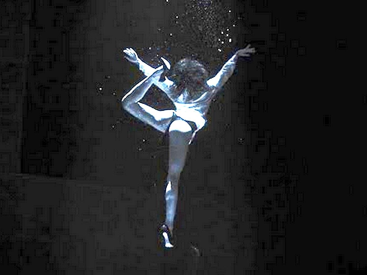 Балерина собрала около 26 тыс. просмотров, танцуя под водой