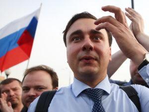 В Сети база сторонников Навального