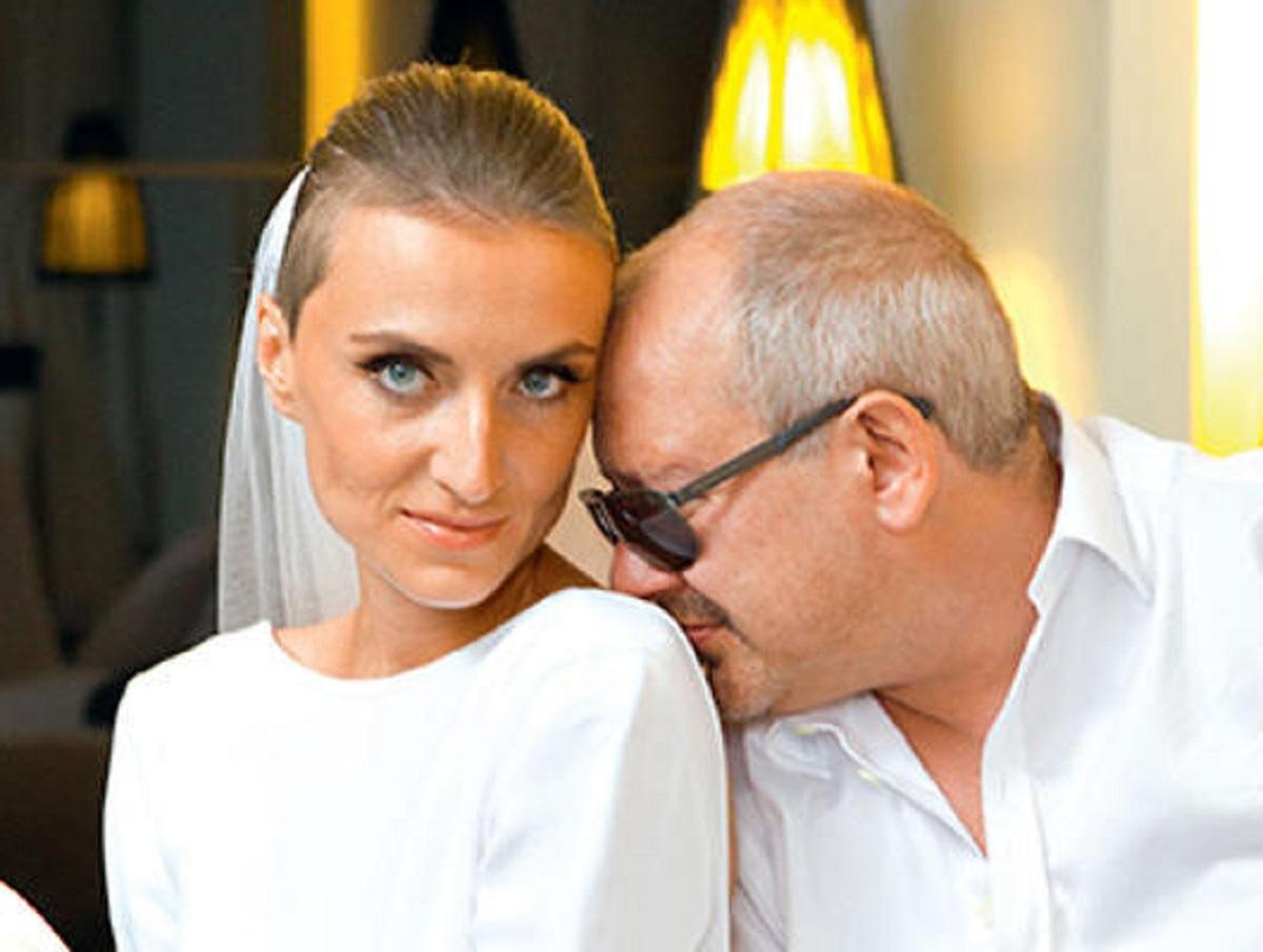 Вдова Дмитрия Марьянова лишилась 3-комнатной квартиры актера