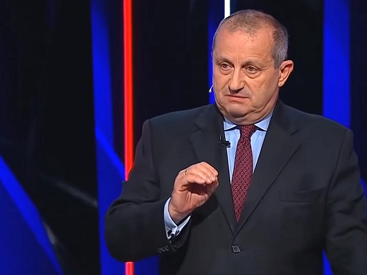 Политолог Кедми раскрыл действия США в случае войны в Донбассе