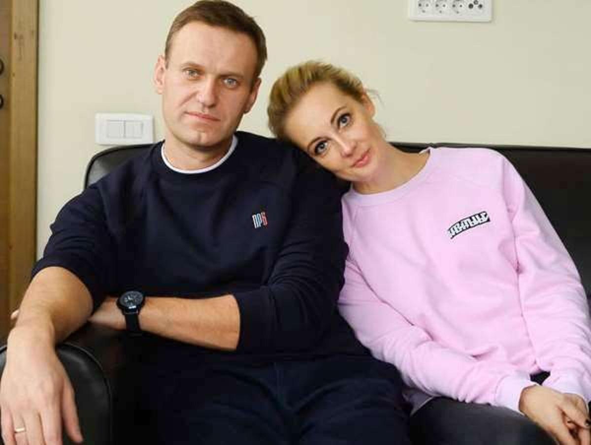 «Его смерть будет на вашей совести»: Юлия Навальная показала письмо начальника колонии