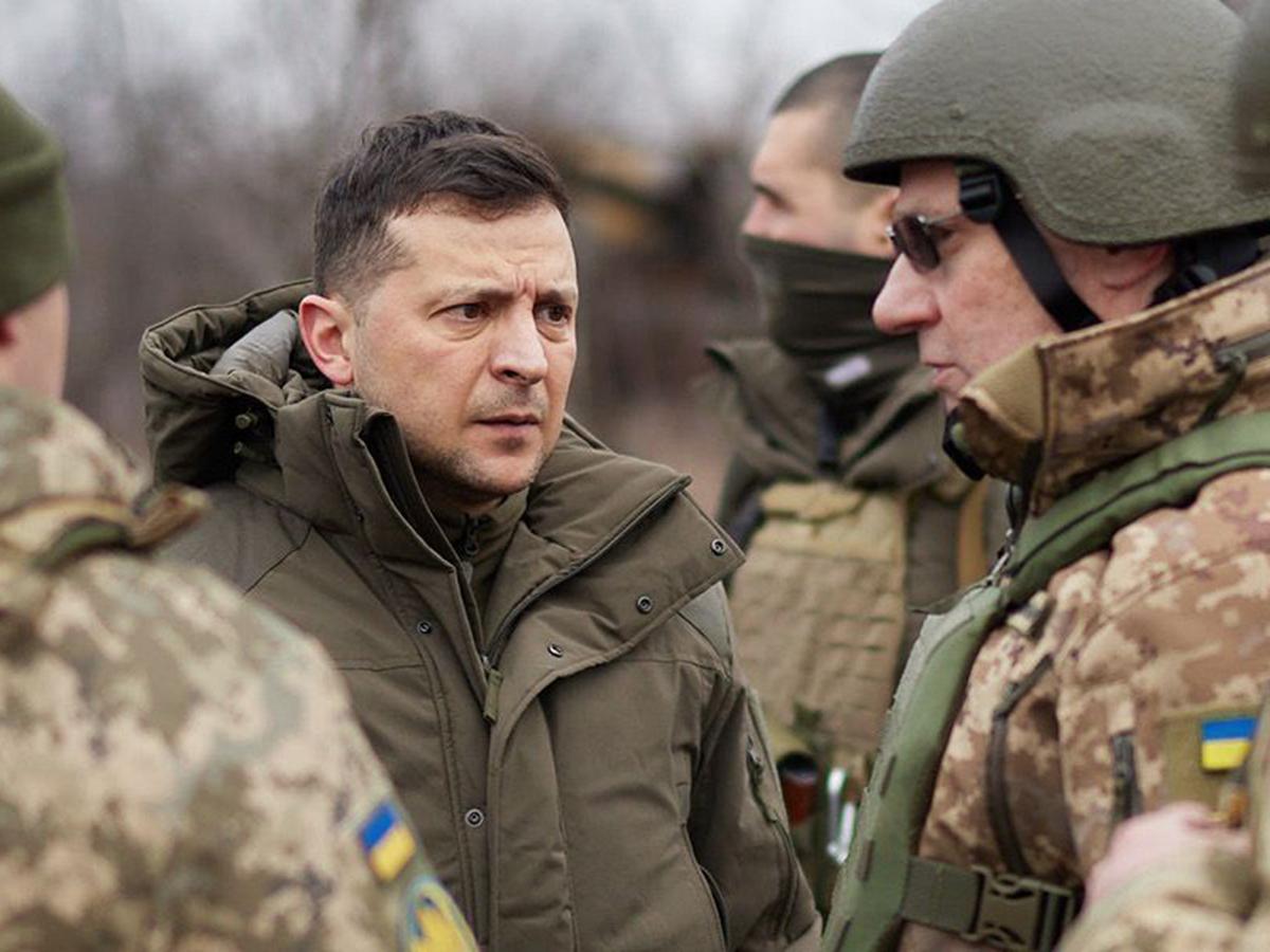 Зеленский появился на передовой на фоне эскалации ситуации в Донбассе (ВИДЕО)